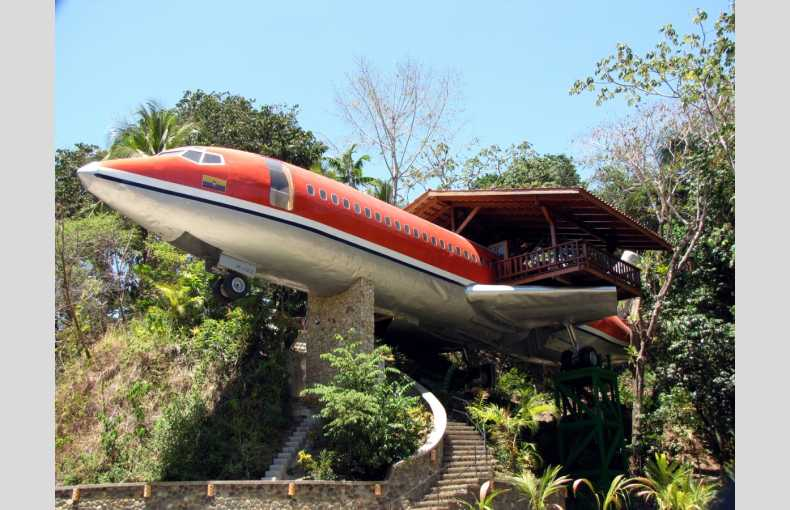 727 Fuselage Home - Image 1