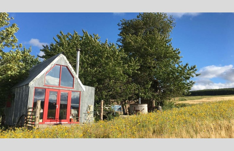 Boutique Farm Bothies - Image 1