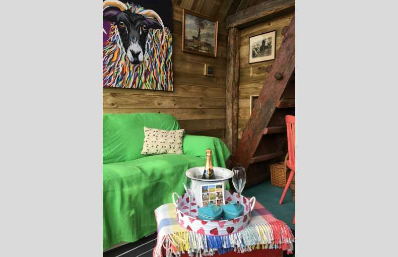 Boutique Farm Bothies - Image 12
