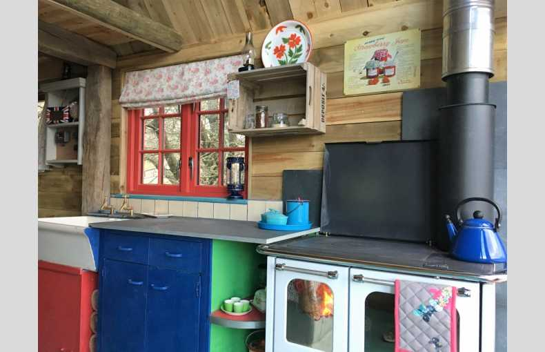 Boutique Farm Bothies - Image 14