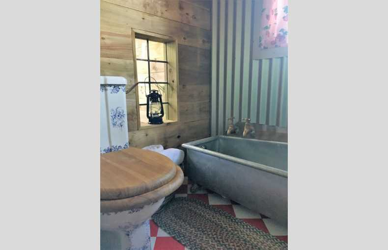 Boutique Farm Bothies - Image 18