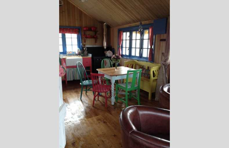 Boutique Farm Bothies - Image 4