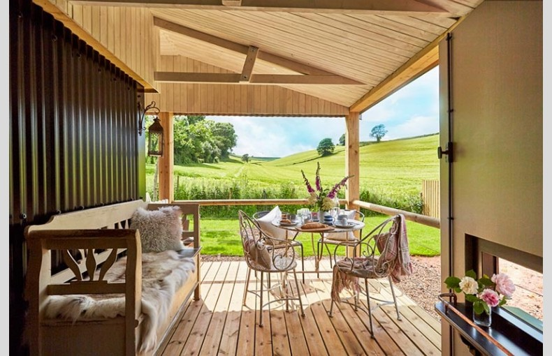 Brownscombe Luxury Glamping - Image 1