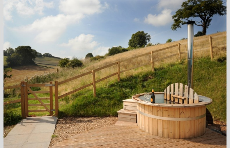 Brownscombe Luxury Glamping - Image 7