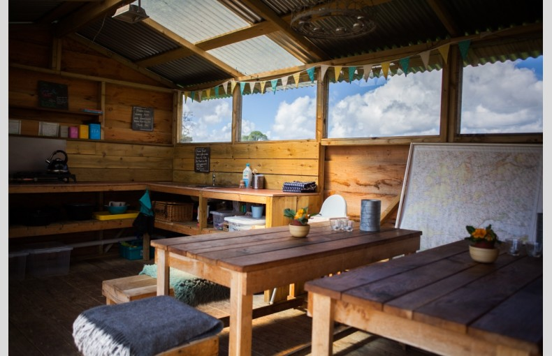 Cosy Under Canvas - Image 12