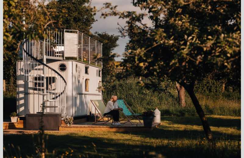 The Glamping Orchard - Image 4