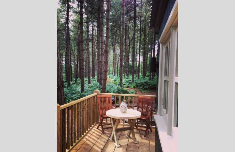 Happy Valley Glamping Retreat - Image 8