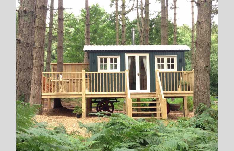 Happy Valley Glamping Retreat - Image 1