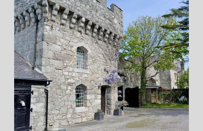 Hen Wrych Hall Tower - Image 2