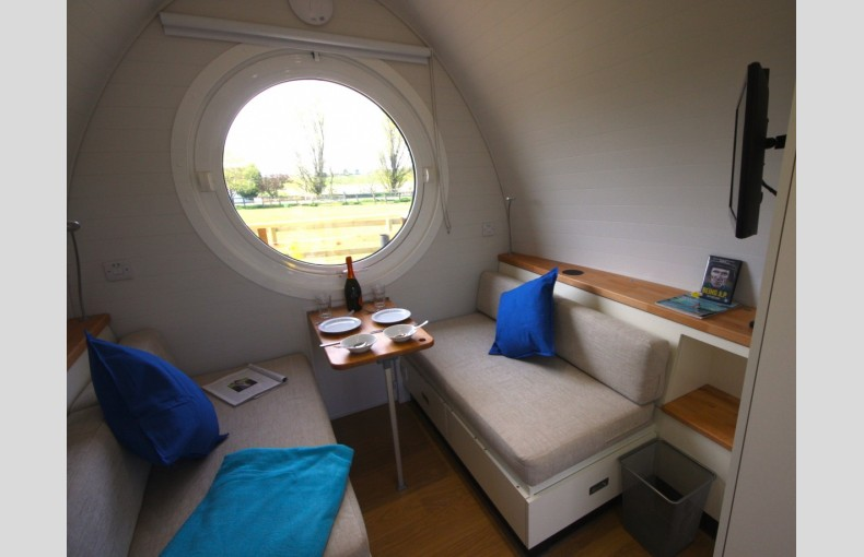 Lee Wick Farm Cottages and Glamping - Image 15