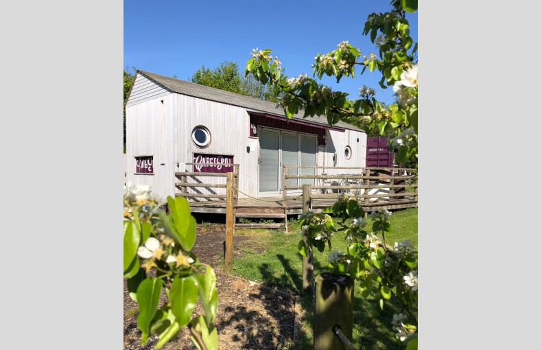 Lee Wick Farm Cottages and Glamping - Image 7