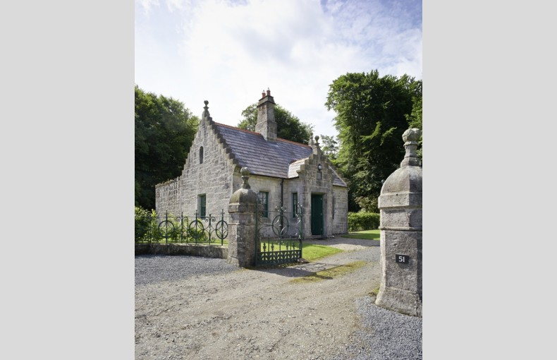 Magherintemple Lodge - Image 1