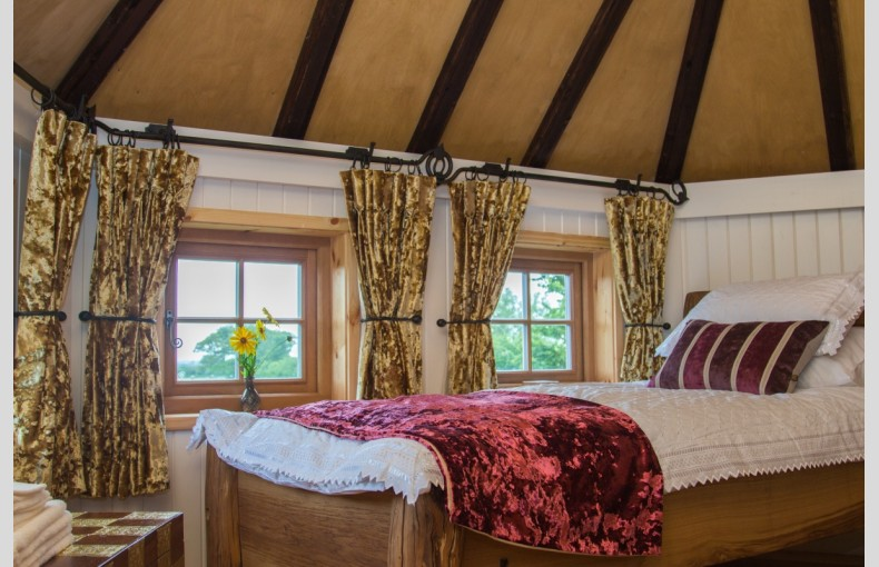 Mill Farm Glamping and Treehouse - Image 7