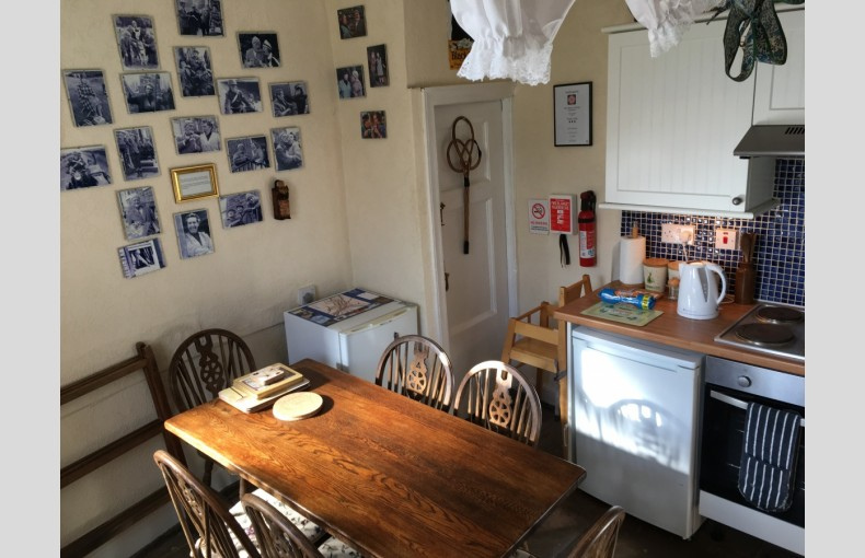 Nora Batty's Holiday Cottage - Image 7