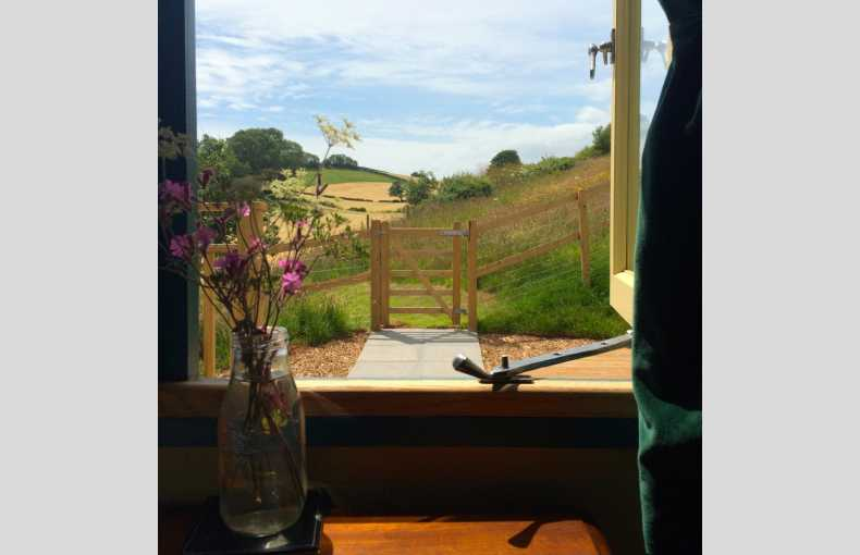 Brownscombe Luxury Glamping - Image 15