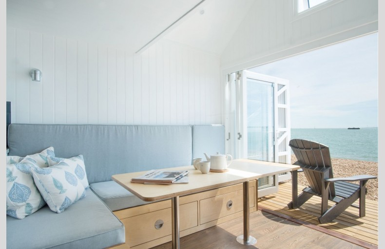 Calshot Luxury Beach Huts - Image 10