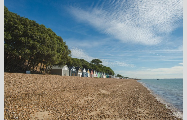 Calshot Luxury Beach Huts - Image 21