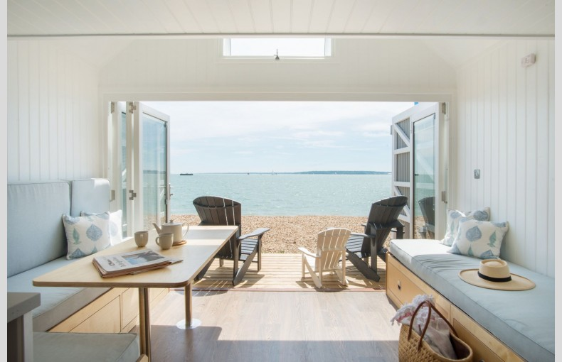 Calshot Luxury Beach Huts - Image 3