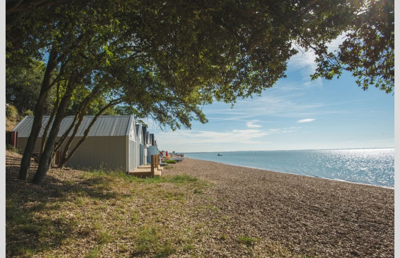 Calshot Luxury Beach Huts - Image 16