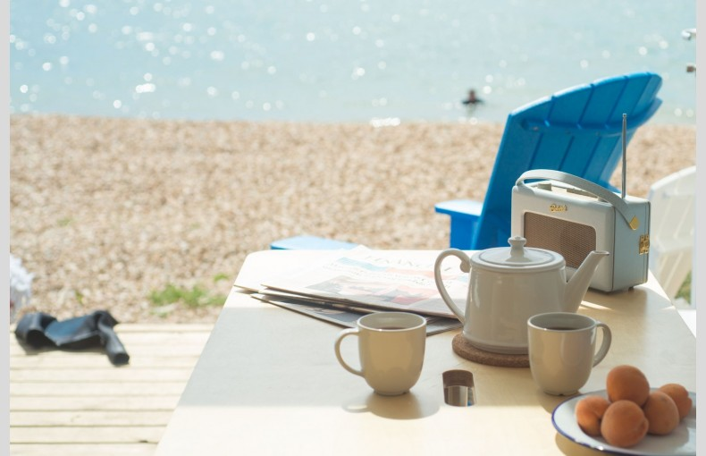 Calshot Luxury Beach Huts - Image 19