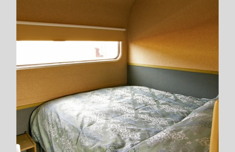 Converted Railway Carriage - Image 6