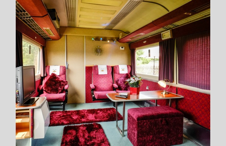 Converted Railway Carriage - Image 2
