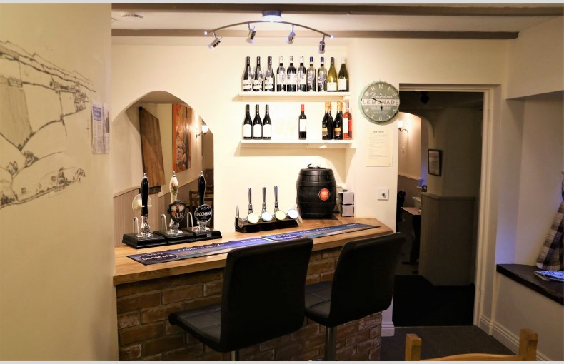 The Fitzhead Inn Private Pub - Image 10