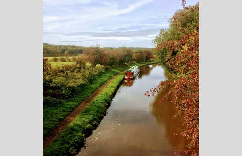 Griffin Narrowboat Holidays - Image 7