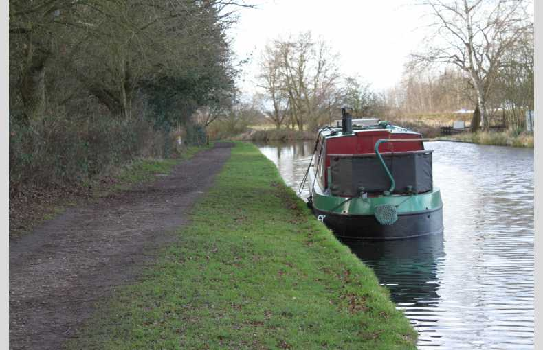 Griffin Narrowboat Holidays - Image 14