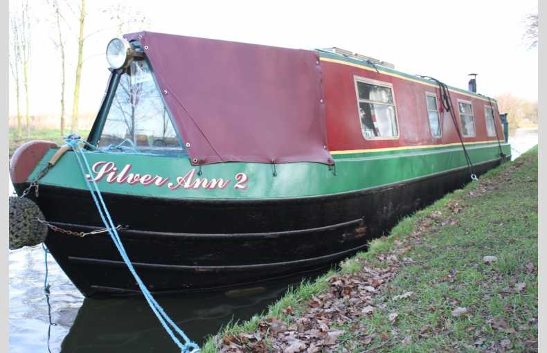 Griffin Narrowboat Holidays - Image 15