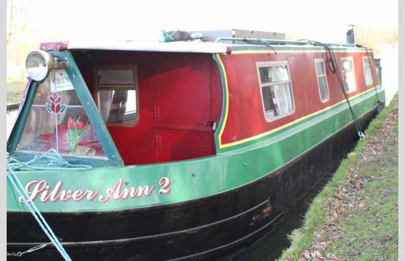 Griffin Narrowboat Holidays - Image 13