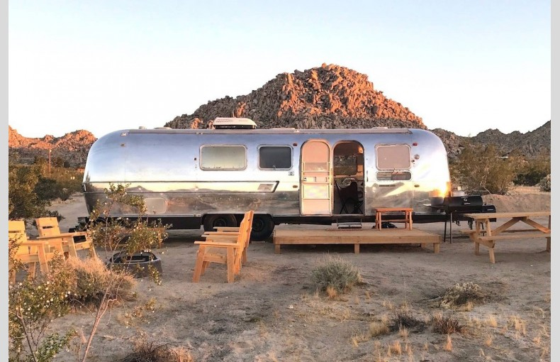 Joshua Tree Airstream - Image 1