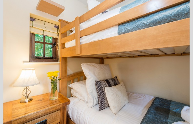 The Treehouse at Lavender Hill - Image 5