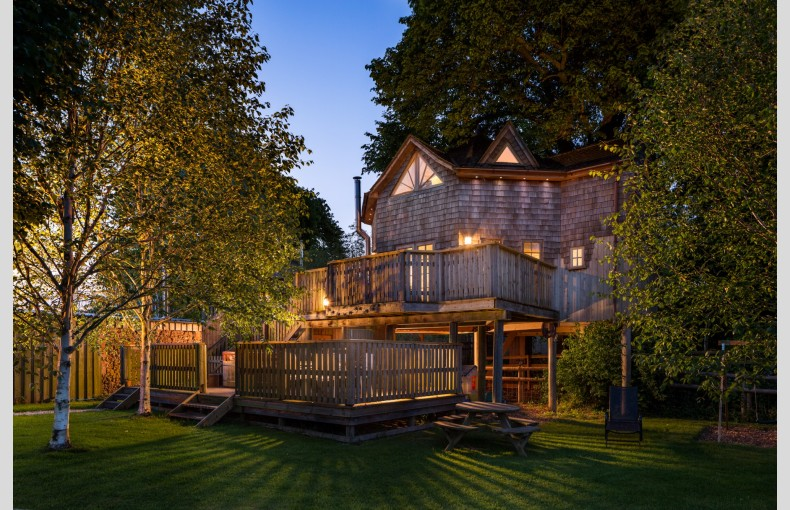 The Treehouse at Lavender Hill - Image 1