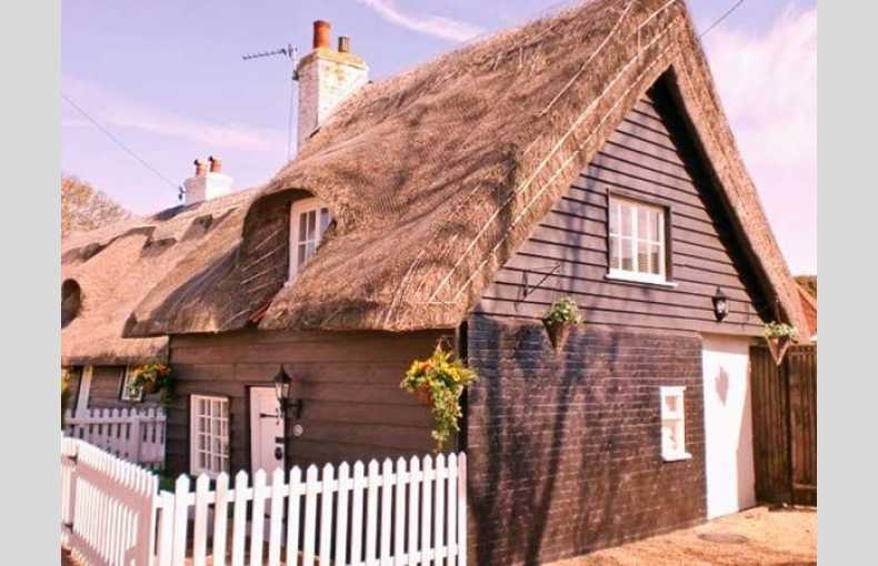 Little Thatch - Image 7