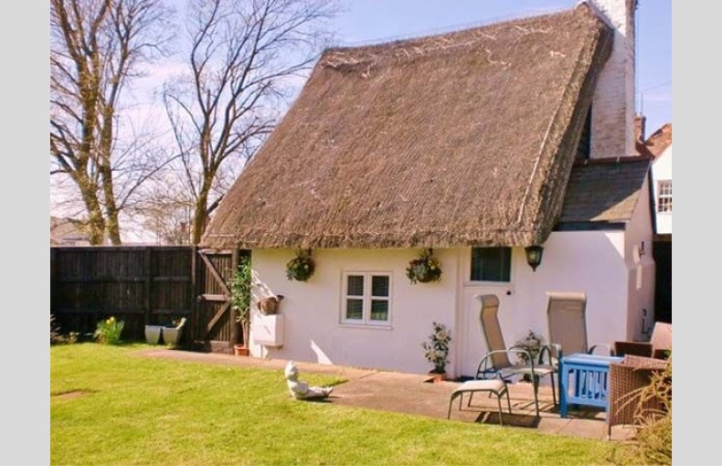 Little Thatch - Image 4