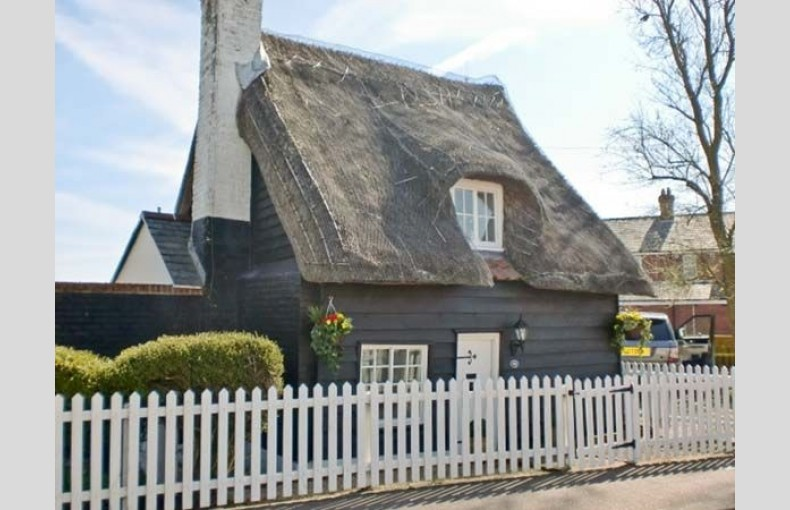 Little Thatch - Image 1