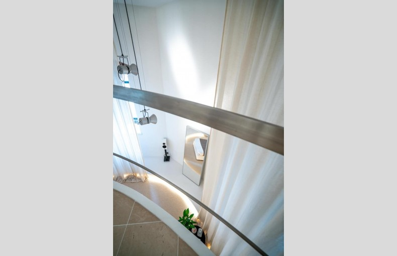 Lymm Water Tower Suites - Image 11