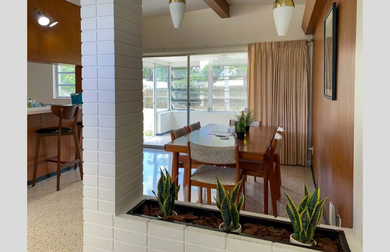 Mid-Century Clearwater - Image 5