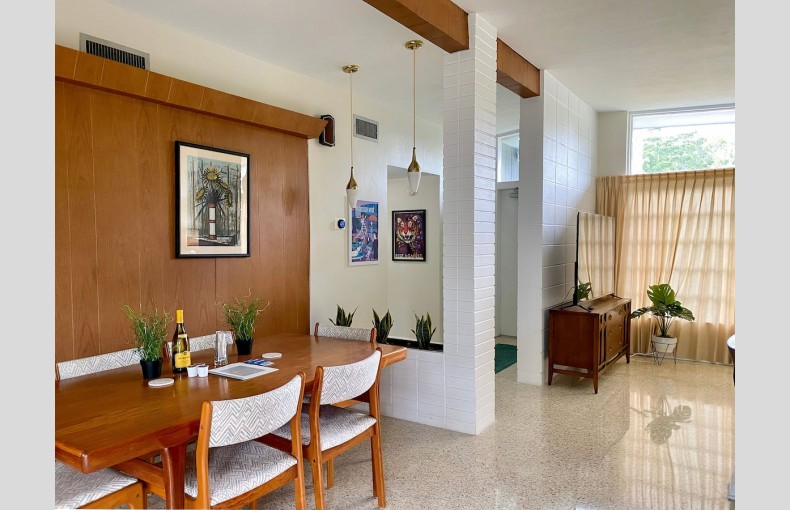 Mid-Century Clearwater - Image 4