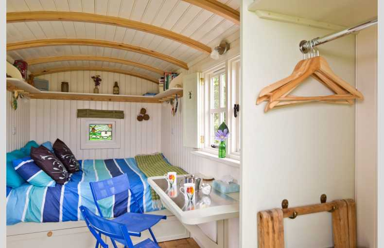 Mill Farm Shepherd's Hut - Image 4