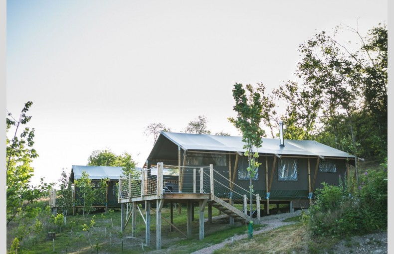 Oaklands Glamping & Treehouse - Image 12