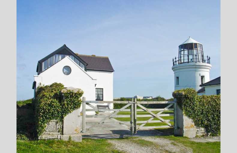 Old Higher Lighthouse Branscombe Lodge - Image 12
