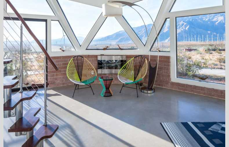 Palm Springs Dome House - Image 19