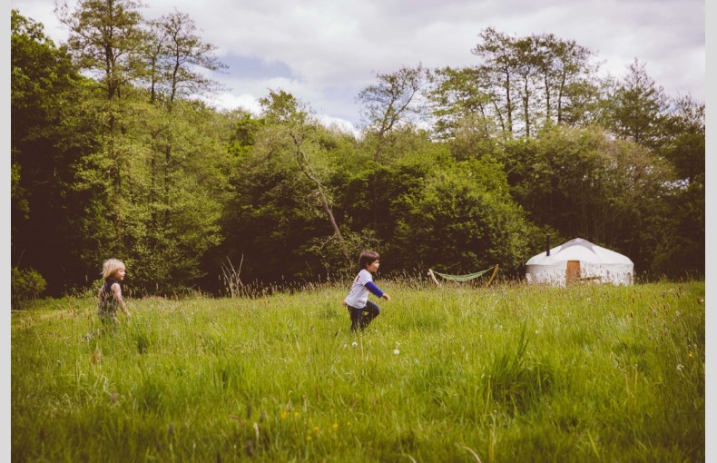 Round the Woods - Image 19