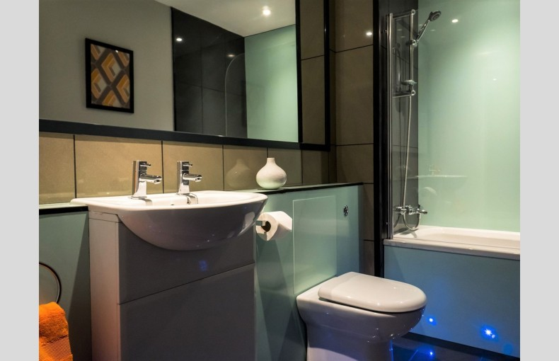 Suffolk Skytower - Image 20