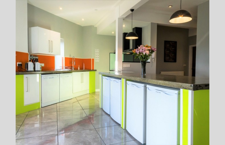 Suffolk Skytower - Image 11