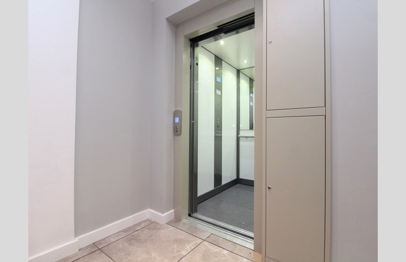 Suffolk Skytower - Image 12