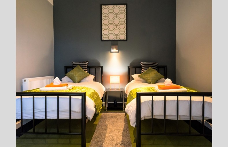 Suffolk Skytower - Image 17