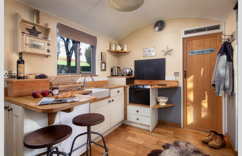 The Shepherds Hut Retreat - Image 14